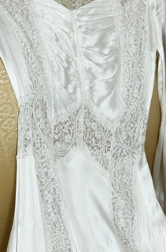 1930's Vintage Wedding Dress / Art Deco Wedding D… - image 4