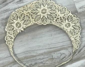 1930s Vintage Art Deco lace bridal crown / Vintage wedding headpiece / vintage bridal crown / 1930s bridal crown / art deco headpiece