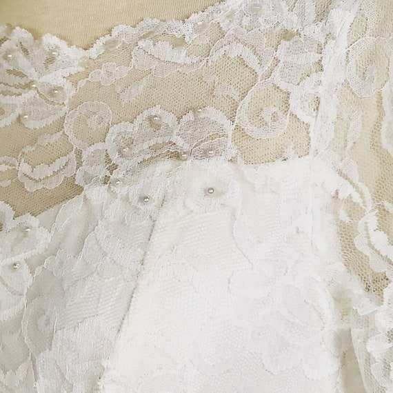 1950s Vintage Tiered Chantilly Lace and Tulle Wed… - image 3