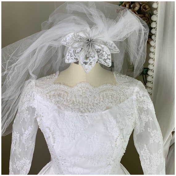 Vintage Bride Illusion Bodice Lace Victorian Collar Boho Hippie Long Train XS Accordion Pleats Vintage 70s Wedding Gown