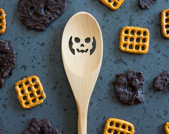 Wood Spoon - SKULL - carved, wooden spoon, kitchen spoon, custom, strainer, handmade, housewarming gift, cookware, Cooking Utensil
