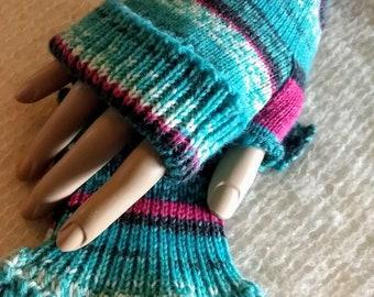 Knit fingerless gloves, Hand cranked Fingerless mitts, fingerless gloves, mittens, gloves, wool, Superwash wool