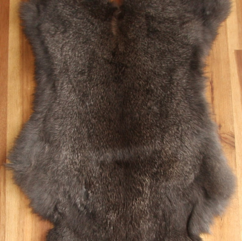 5x FLINT Rabbit Skin Fur Pelts for animal training garments LARP TR10