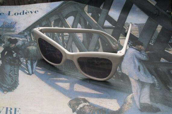 Vintage Sun Glasses, Vintage glasses, Vintage shad