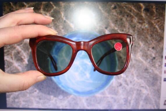 sexy vintage sunglasses, sexy eyewear, vintage gla