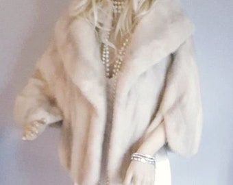 Luxury Vintage Mink Stole - Mink Fur Stole - Silver Ivory Fur Cape - Bridal Fur Shawl Shrug -Winter  Wedding - Bridal Fur Jacket - Azurene