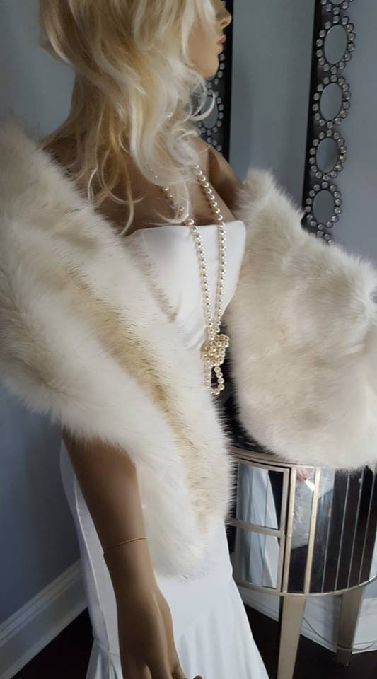 eb074e115 Luxury FAUX Fox Fur Stole - Fake Fur Shawl - White Vegan Fur Wrap Shawl -  Bridal White faux Fur Stole Shadow Fox - Winter Bride Gift
