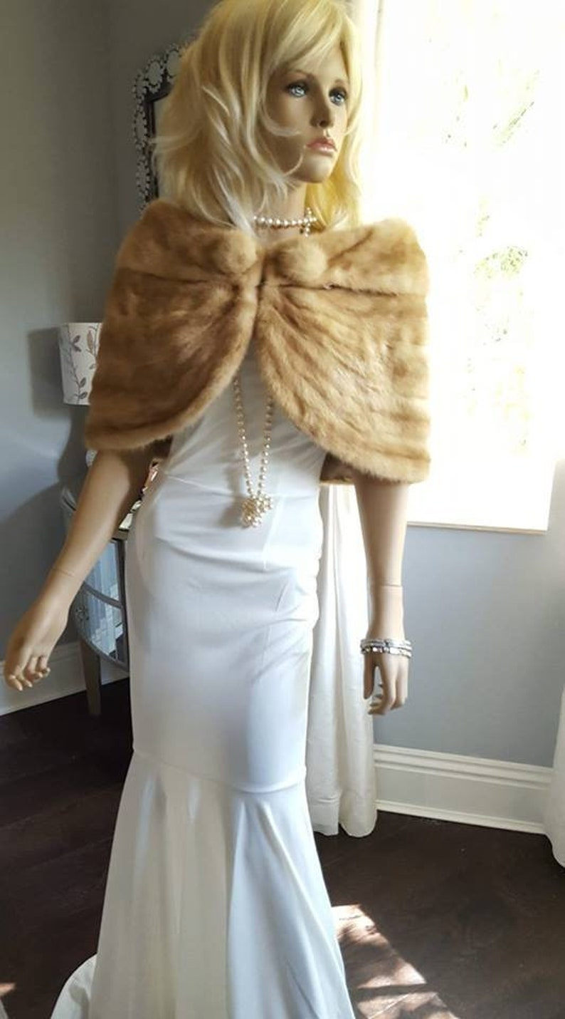 baec734a0754e Luxury Vintage Mink Fur Stole - Bridal Fur Shawl Wrap - Fur Capelet - Shrug  - Honey Blonde Tourmaline - Mink Cape , Rustic Wedding Bride