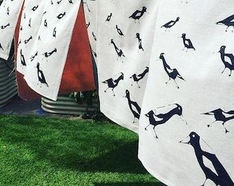 Magpie  Linen tea towel/ screen print /  Australian native / Print/Christmas/gift/men/women/Byron Bay