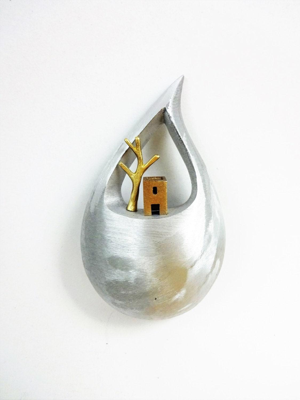 d coration murale m tallique maison de bronze avec un. Black Bedroom Furniture Sets. Home Design Ideas
