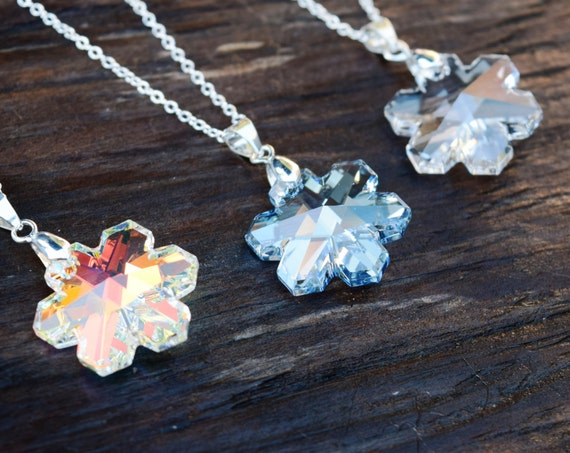 Crystal Snowflake Necklace, Swarovski Elements Snow Flake Jewelry, Winter Necklace, Silver Winter Wedding Bridesmaid Jewelry, AB Blue Clear