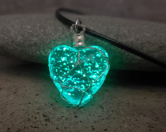 """Glowing Werewolf Heart """"Moonstone"""" Necklace, Gift 2 Zombies Fan, Blue Glass Glow in the Dark Wire Wrapped Necklace, Willa Costume Cosplay"""