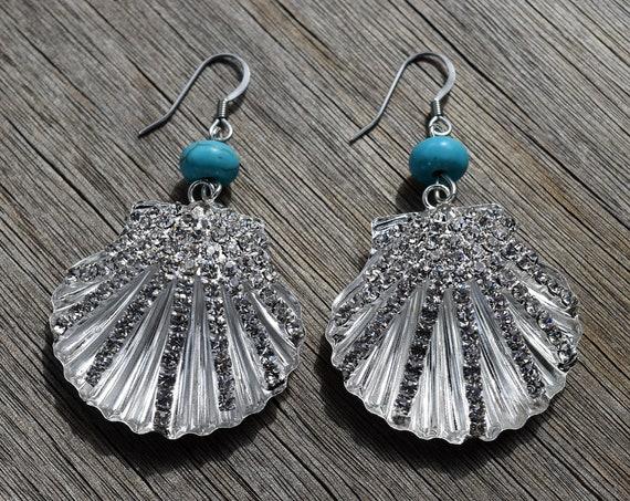Uma Earrings, Silver Clam Shell with Rhinestones and Turquoise Bead, Uma Costume, Scallop Sea Shell Mermaid Earrings, Nautical Beach Jewelry
