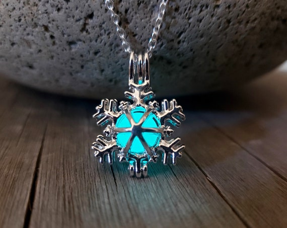 Glow Snowflake Necklace, Glowing Frozen Snowflake, Glow in the Dark, Gift for Elsa Fan, Winter Birthday, Christmas Jewelry, Adult or Kids