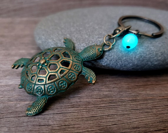 Glow Turtle Keychain, Glowing Tortoise Key Ring, Glow in the Dark Sea Turtle Purse Chain in Verdigris Patina Bronze, Gift for Turtle Lover