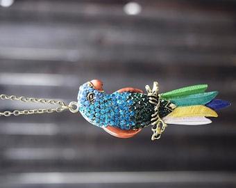 2 Parrot pendants bird 40X10X9 MM.
