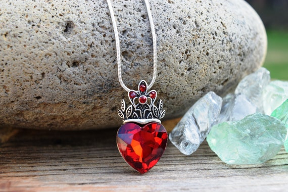 Evie Red Heart Necklace, Descendants Necklace, Red Heart Crown, Queen of Hearts Costume, Disney Fan Jewelry, Gift for Her, Large or Small