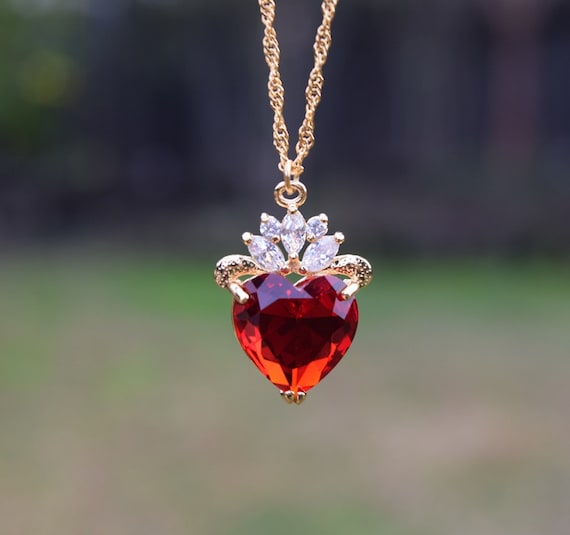 Evie Luxe Gold Necklace, Red Heart Necklace, July Birthday Gift, Descendants, Queen of Hearts, Heart Jewelry, Disney Fan, Valentines Day