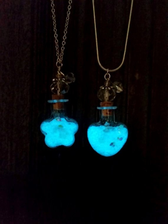 Glowing Star Dust Necklaces, Glow in the Dark Bottle Necklace, Unique Gift, Glowing Star Necklace, Glowing Bottle, Stardust, Glowing Heart