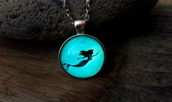 Glow Mermaid Necklace, Glow in the Dark Mermaid Necklace, Little Swimming Mermaid Necklace, Pre Teen Gift, Ariel Fan Gift, Under the Sea