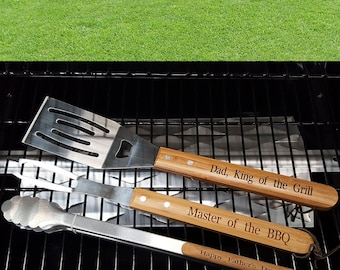 Personalised Barbeque Tool Set - Perfect for Father's Day / Birthday - Engraved BBQ & Grill Utensils - King of the Grill / Master of the BBQ