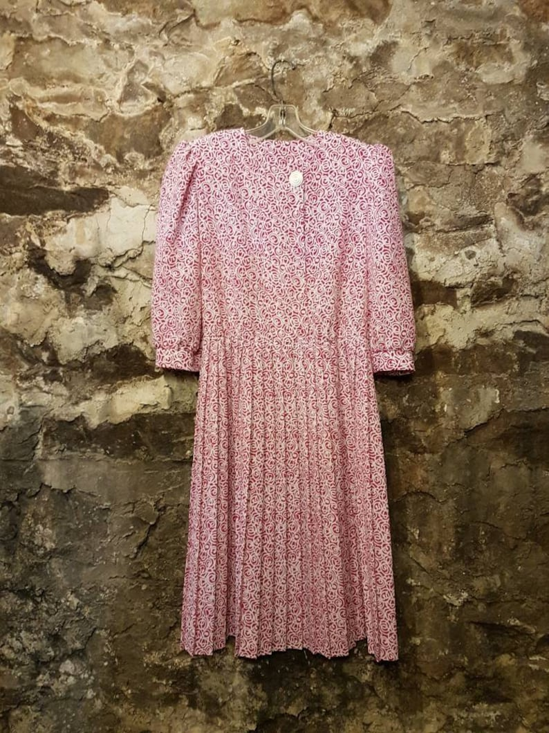 VINTAGE Dress with fun buttons