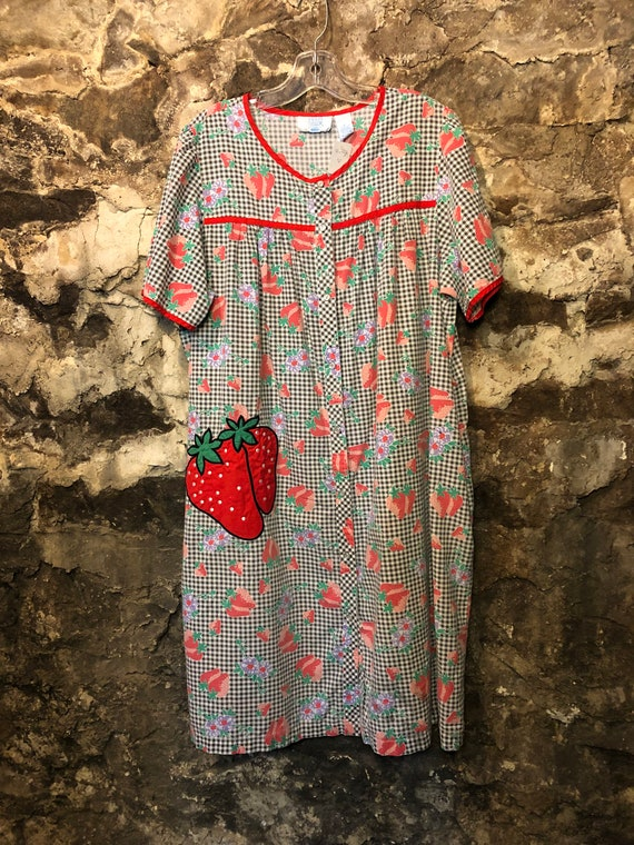 VINTAGE Embroidered Strawberry Checkered Ashley Ta