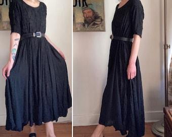 Vintage Nostalgia 90s size medium black draped grungy dress