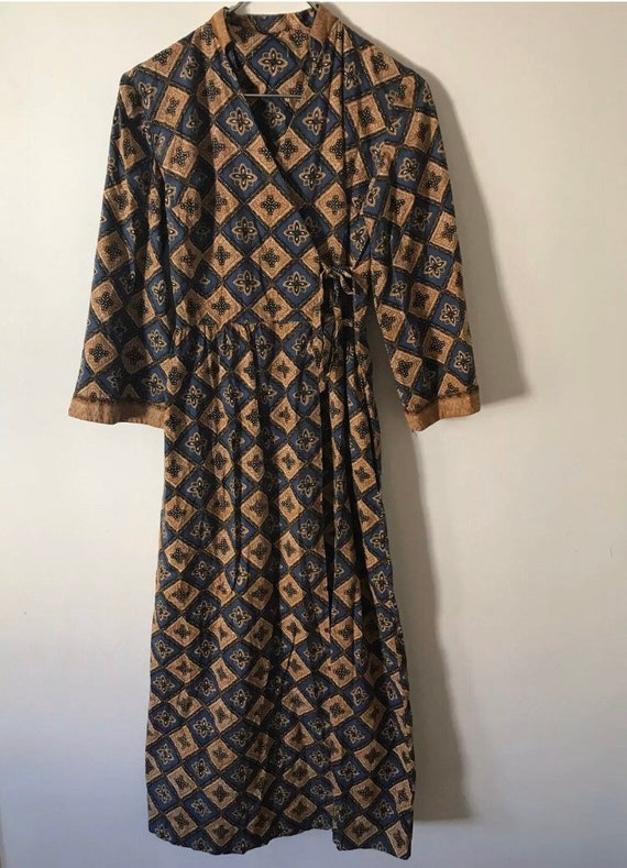 Vintage 70s hostess wrap lounge dress