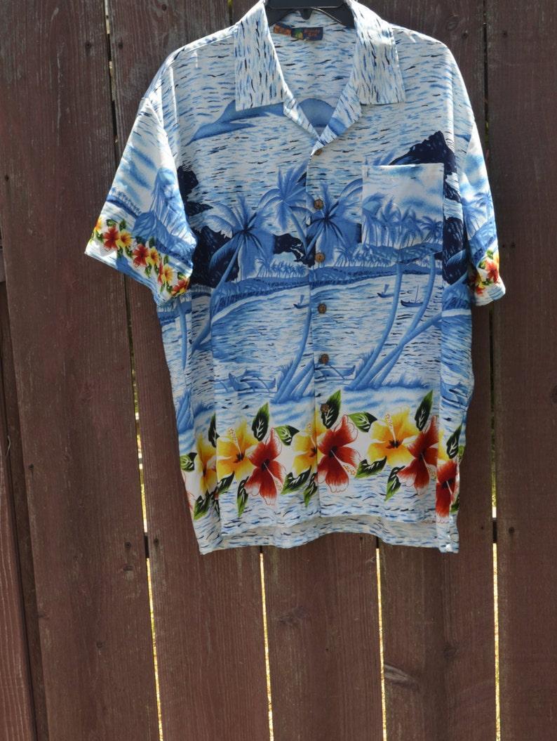 7ad5bc37 Vintage Mens Hawaiian Floral Printed Aloha Shirt by Roundy Bay | Etsy