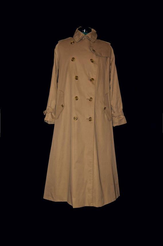 Burberrys vintage, classic trench coat, camel khak