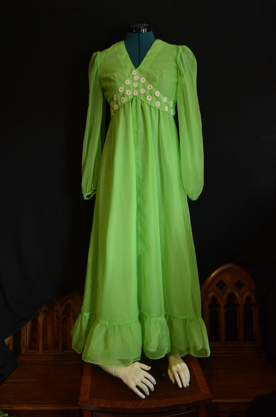 Princess dress bright green, long flowing dress, f