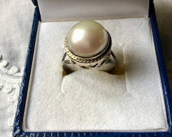 Exceptional NATURAL MABE PEARL Sterling Ring - Beautiful Huge Natural Mabe Pearl - Sterling silver - Elegant Vintage Jewelry from France