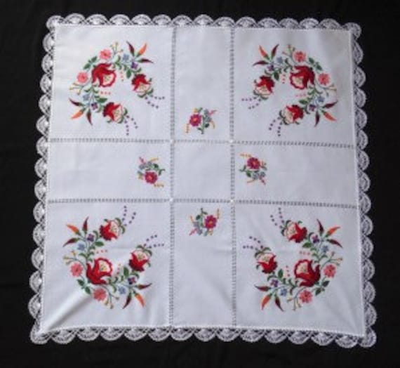 Embroidered Table Topper Beige SQUARE 91cm x 91cm NEW