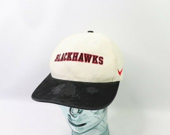 1cff69b1098cf 90s Nike Chicago Blackhawks NHL Hockey Spell Out Adjustable Hat White