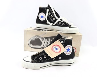 b8bc8f376639 90s New Converse Chuck Taylor All Star Hi Canvas Sneakers Shoes Mens Size  4.5 Womens 6.5 Black White