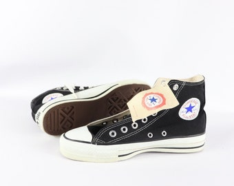f4c045d0604 90s New Converse Chuck Taylor All Star Hi Canvas Sneakers Shoes Mens Size 7  Womens 9 Black White USA