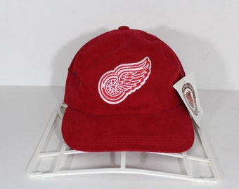 fd958ac9aeb 90s New G Cap Detroit Red Wings Suede NHL Hockey Dad Hat Cap Red