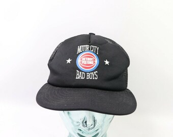 fc13af2f48773 90s Deadstock Motor City Detroit Pistons Bad Boys Basketball Spell Out  Trucker Hat Black