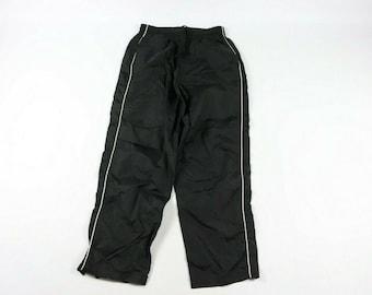 bddffdba298e 90s Fila Spell Out Nylon Sweatpants Joggers Jogger Pants Mens XL Black, Vintage  Fila Joggers, Vintage Joggers, 90s Joggers, Fila Joggers