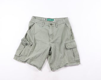 0d33fb08 90s Levis Silver Tab Stone Wash Cotton Cargo Shorts Green Mens size 34,  Vintage Levis Cargo Shorts, 90s Levis Shorts, Vintage Levis Shorts,
