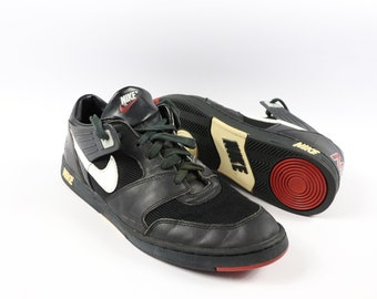 90s Nike Shark Mens Size 13.5 Spell Out Leather Low Top Sneakers Shoes d11588e2c
