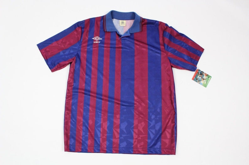 be9a02018 90s New Umbro Barcelona FC Soccer Jersey Striped Mens XL Blue
