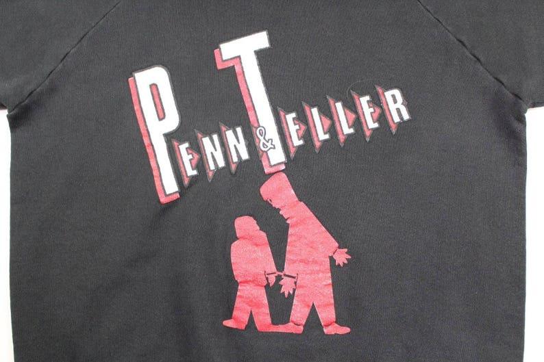 90s Fruit of the Loom Penn /& Teller Magic Spell Out Crewneck Sweater Mens XL Vintage Penn Teller Magic Sweater Vintage Crewneck Sweater