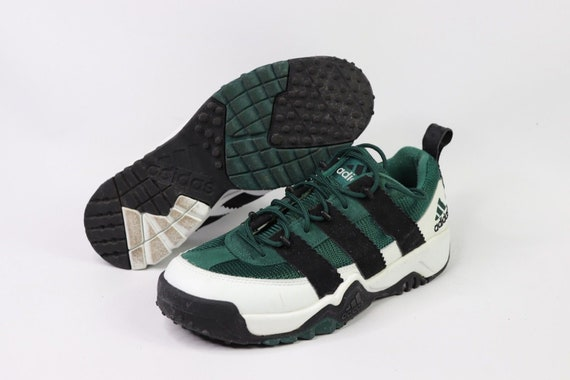 d6681c87500b 90s New Adidas 3 Stripes Spell Out Lace Up Sneakers Shoes Mens