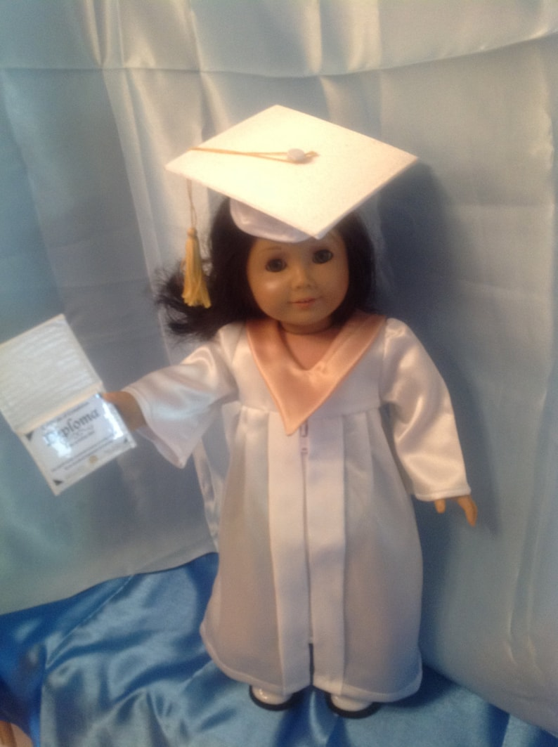 Graduation mortarboard and gown for 18 inch dolls-customize image 0