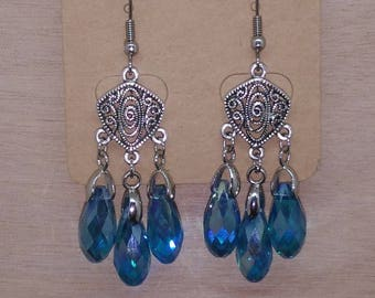 1 pair of earrings Princess stainless steel & blue, transparent or black pearls