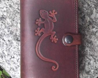 Leather wallet , salamander design ,(16 colours available)
