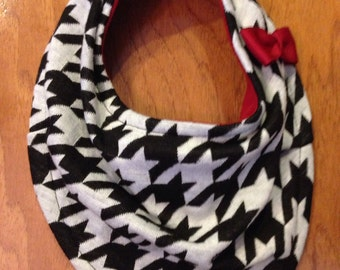 Red Houndstooth Scarf Bib with Bow