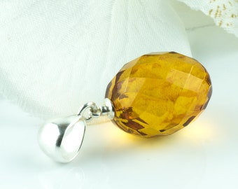 Dazzling Large Olive Cognac Baltic Amber Pendant Luxury Gemstone Oval Bead Pendant Faceted Large Amber Beads Pendant Necklace